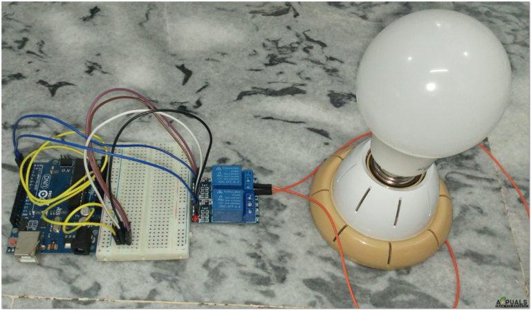 Wie steuere ich Elektrogeräte zu Hause mit Arduino und 4-Relais-Modul?