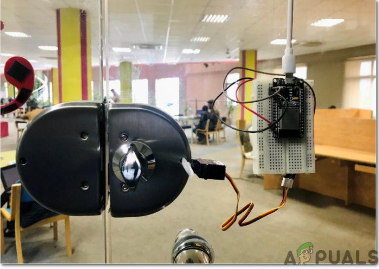 DIY: Erstellen eines SmartLock für Ihr Zuhause, das nur mit Ihrem Smartphone geöffnet werden kann